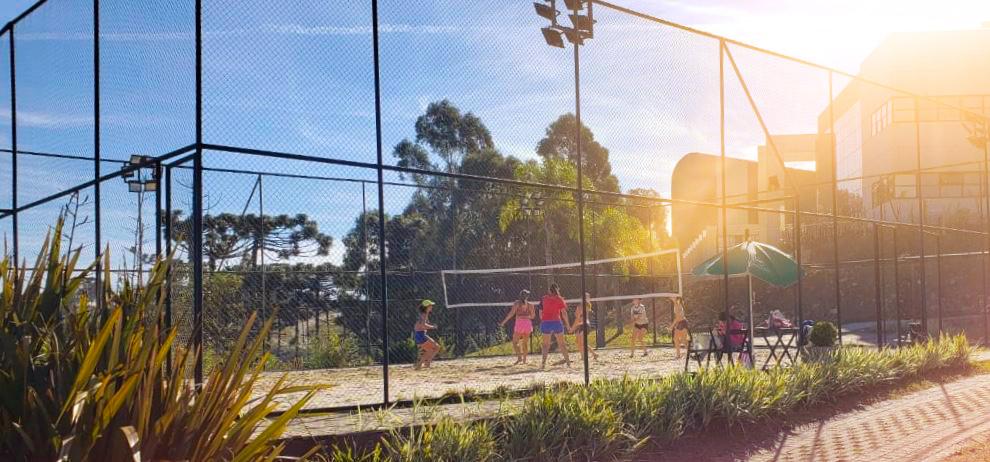 O Monterey - Esportes - Quadra de Vôlei de Areia e Beach Tennis